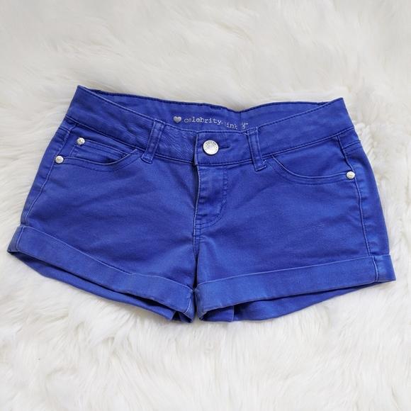 54️⃣25 Celebrit Pink Blue Denim Shorts Rolled Cuff
